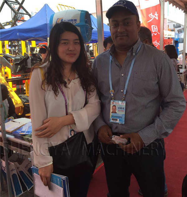 Canton Fair and customer photo